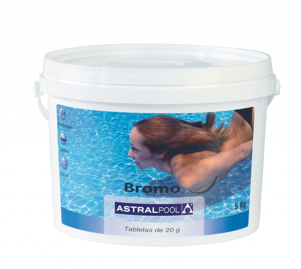 Disinfection with no chlorine astralpool for Chlorine piscine